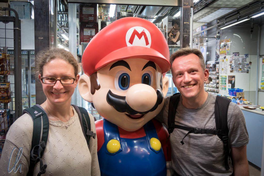Gruppenbild mit Super Mario
