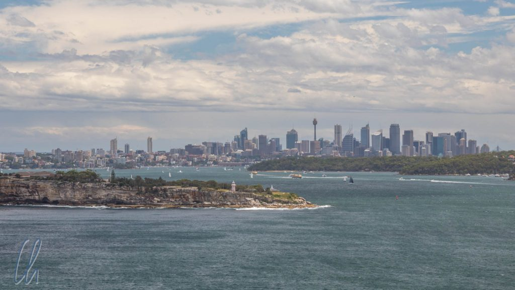 Blick vom North Head auf die Skyline von Sydney