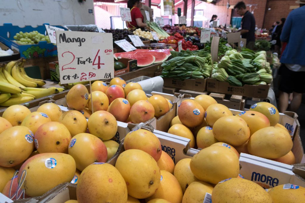 Frisches Obst im Überfluss im Queen Victoria Markt in Melbourne