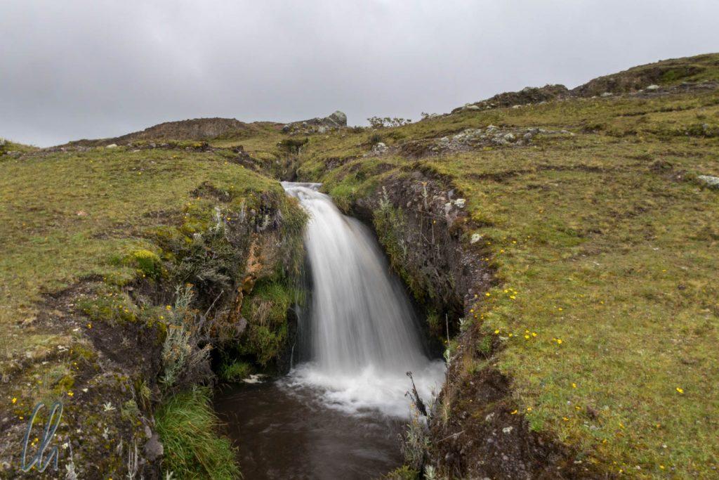 Ein kleiner Wasserfall, das Ziel unserer ersten Wanderung