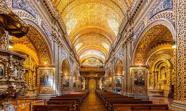 Innenraum der Kirche Compañía de Jesús, Foto von Diego Delso, delso.photo, License CC-BY-SA