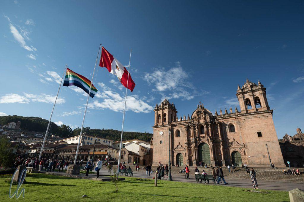 Mehr Parallelwelt geht kaum: Der Plaza de Armas in Cuzco