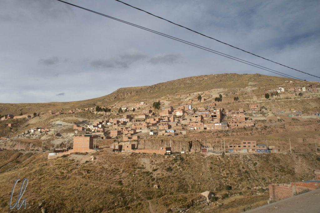 Blick auf Potosí, insgesamt macht alles einen trostlosen Eindruck.