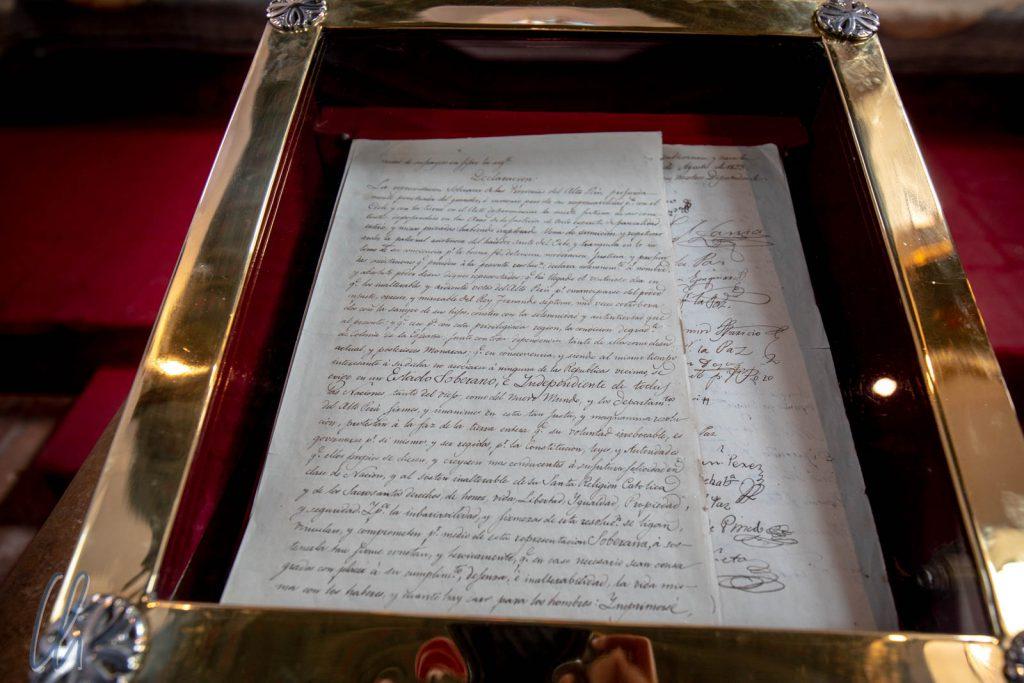 Die Unabhängigkeitserklärung, allerdings nur eine Replik. Das Original liegt gut verschlossen in einem Tresor.