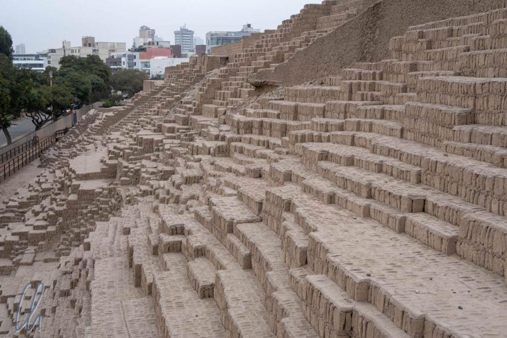 Huaca Pucllana, eine Ausgrabungsstätte mitten in der Hauptstadt