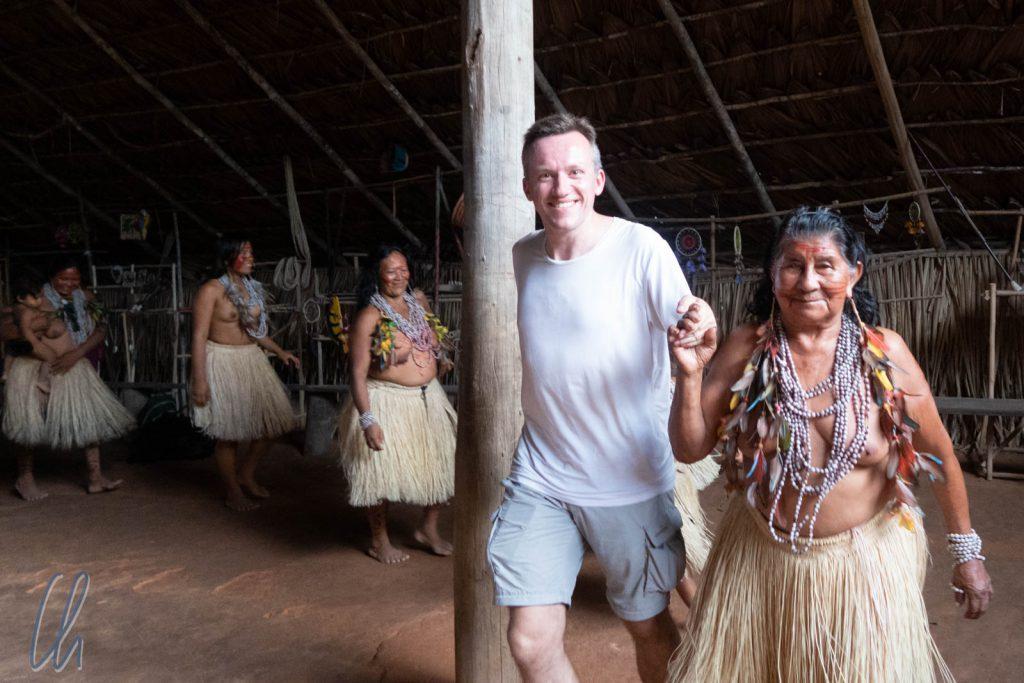 Indigene Tänze bei den Tatuyu