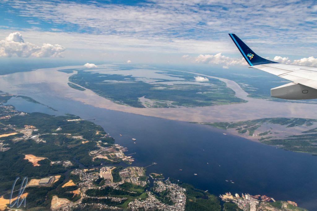 Até Logo Manaus! Das Meeting of the Waters aus der Luft.