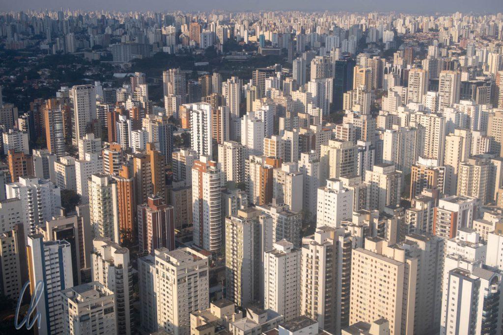 Im Anflug auf São Paulo: Ein Häusermeer