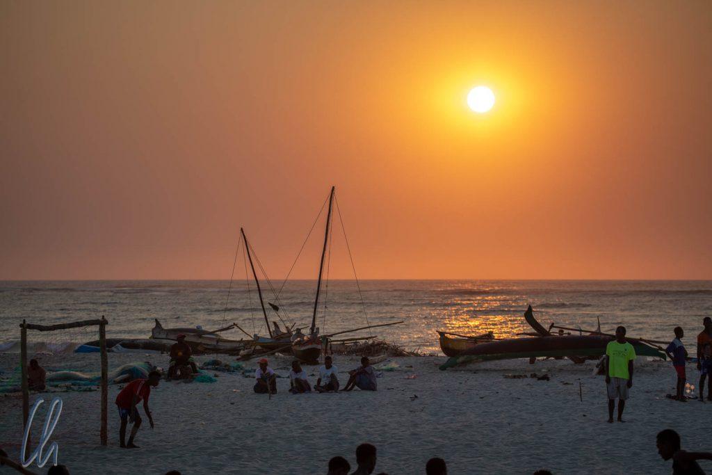 Sonnenuntergang am Strand von Morondava