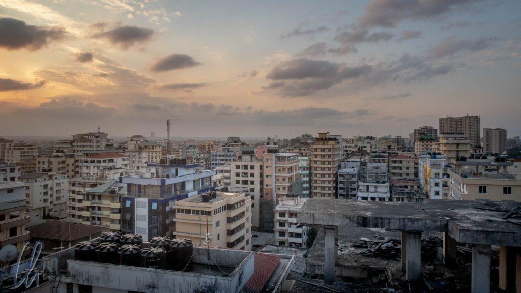 Blick über Dar es Salaam: Vor 100 Jahren noch ein Dorf mit 20.000 Einwohner, heute eine Multi-Millionenstadt