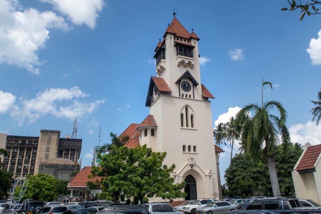 Die Azania-Front-Kathedrale, erbaut 1898-1899. Damals war sie bestimmt das größte Gebäude in Dar es Salaam.
