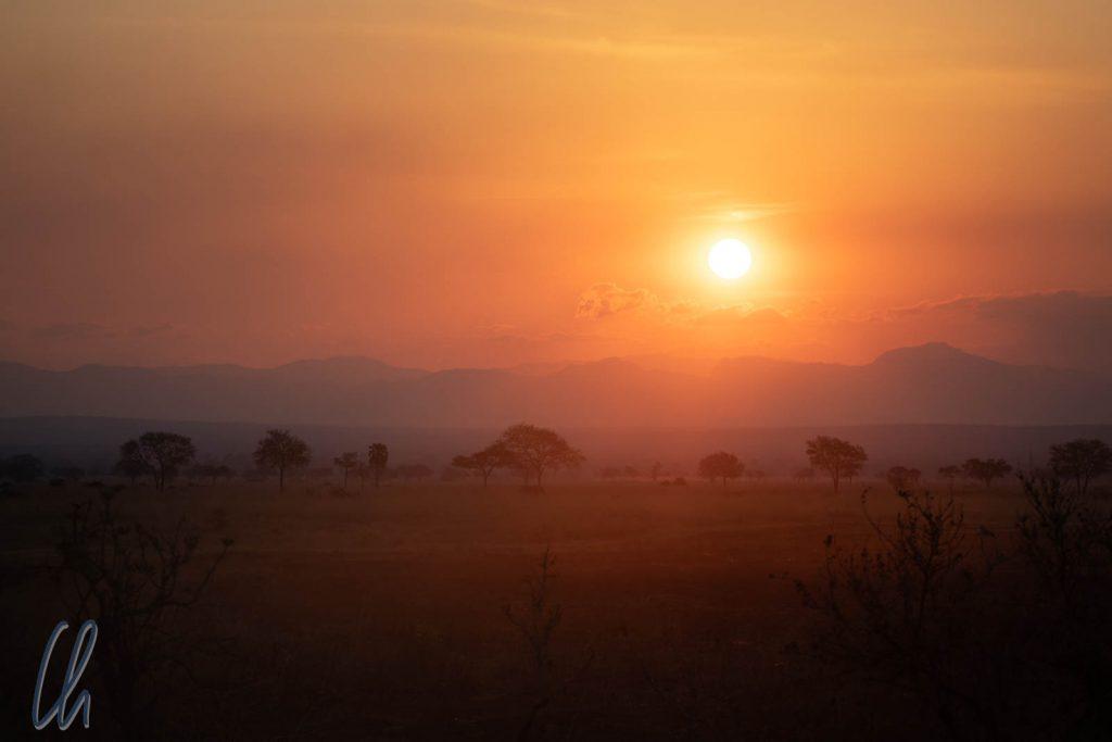 Sonnenuntergang über Mikumi