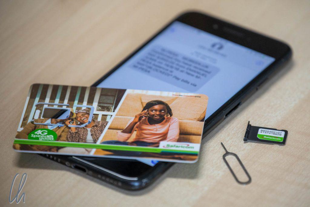 Die kenianische SIM-Karte von Safaricom. Gutes Netz, aber leider mit eingebauter Betrugsmasche.