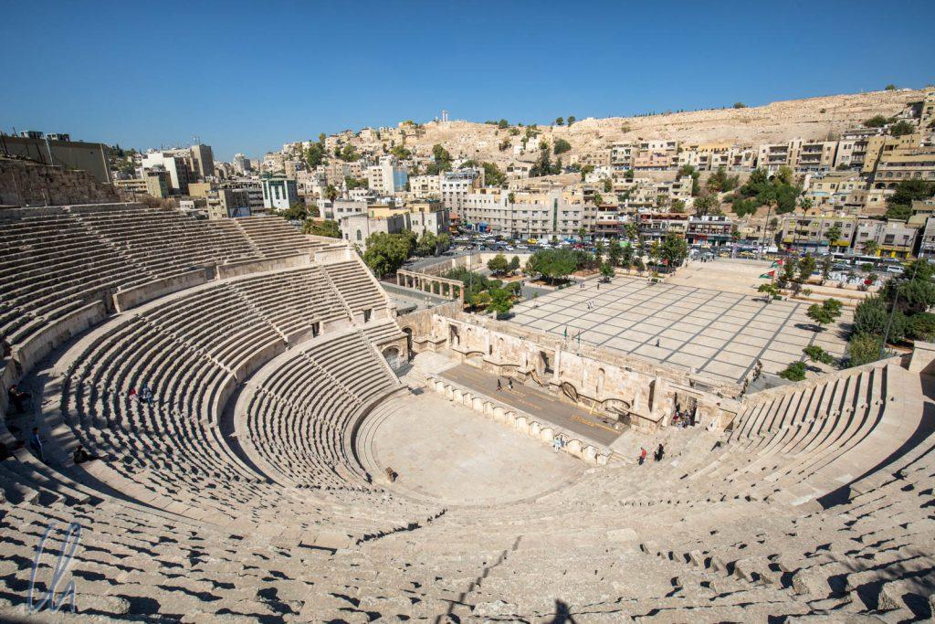 Das römische Amphitheater in Amman. Schon viele Kulturen bewohnten diesen Ort.