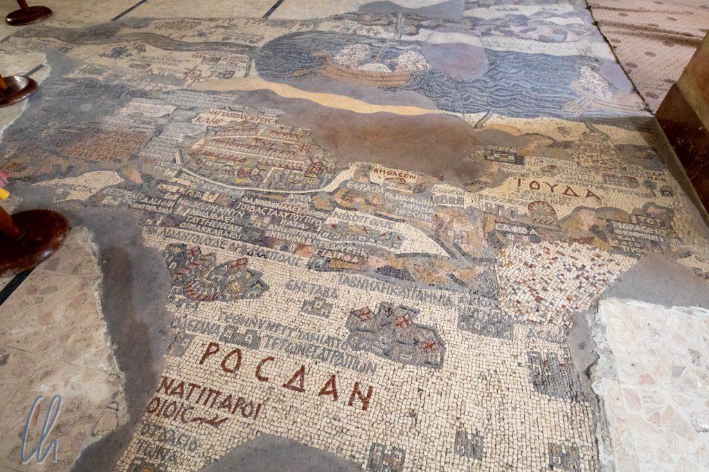 Die Darstellung des Heiligen Landes schmückt den Fußboden der St. Georgs-Kirche.