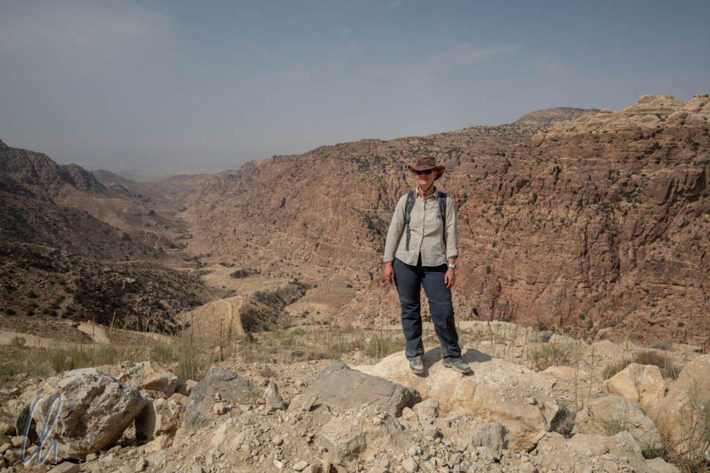 Blick ins Wadi Dana vom Startpunkt der Wanderung aus