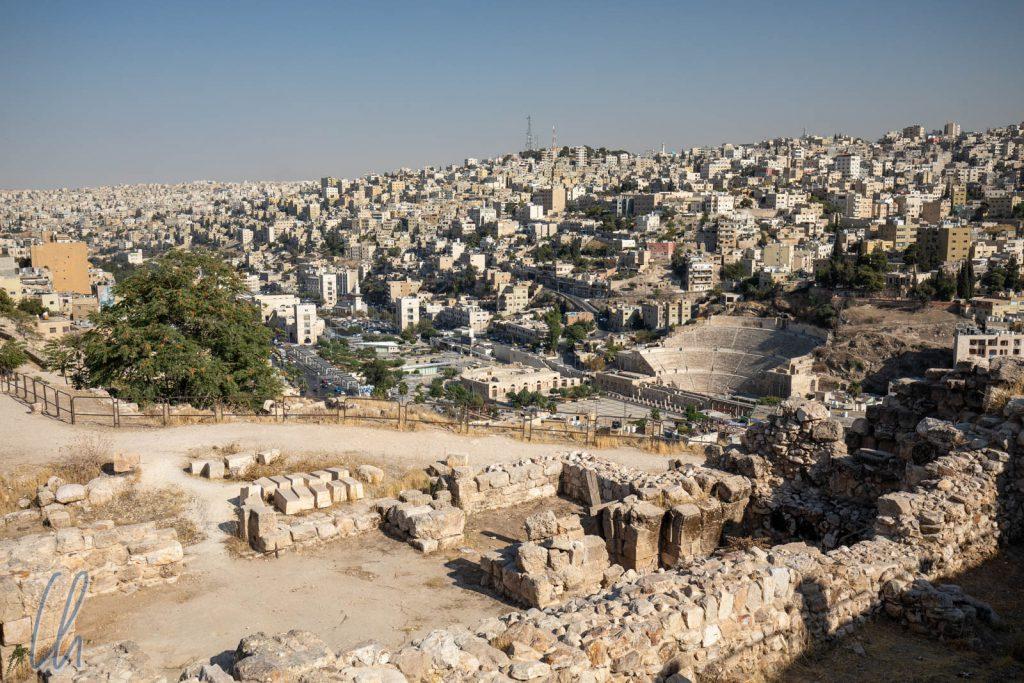 Blick über Amman: Historische Bausubstanz inmitten der modernen Großstadt.