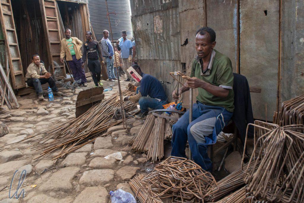 Metall-Recycling auf dem Mercato in Addis Abeba
