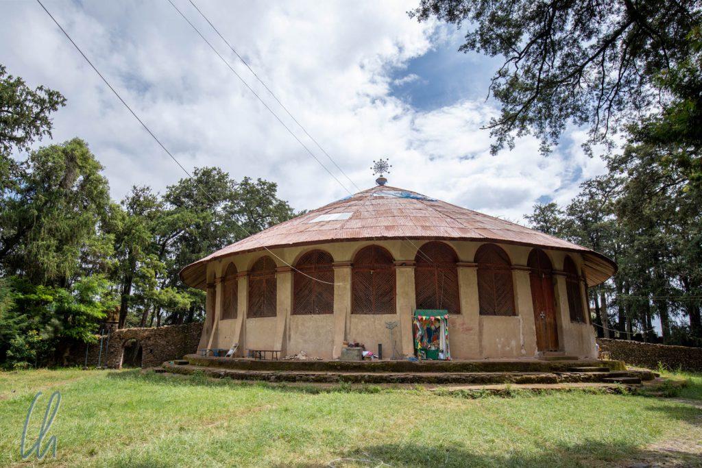 Die neugebaute Kirche von Kusquam