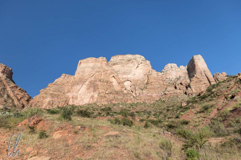 Dieses Felsmassiv wollten wir erklimmen.