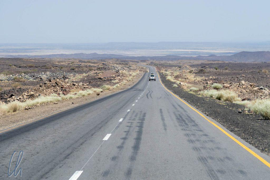 Vulkanische Landschaft in der Danalik-Wüste auf dem Weg zur Erta Ale.