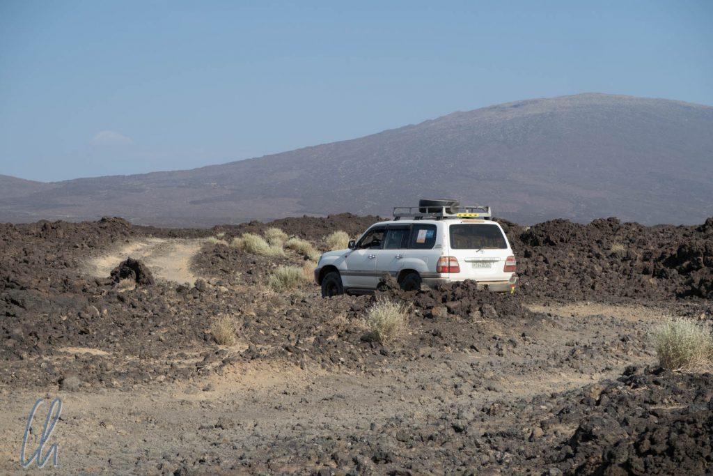 Die vielleicht holperigste Piste unserer Weltreise auf den letzten 12km zum Erta Ale