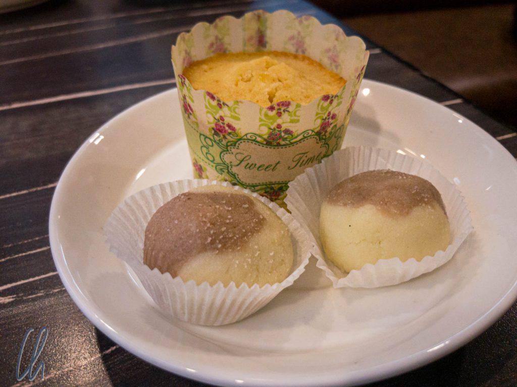 Schmackhafte Süßigkeiten als Aufmerksamkeit des Hotels zu Diwali