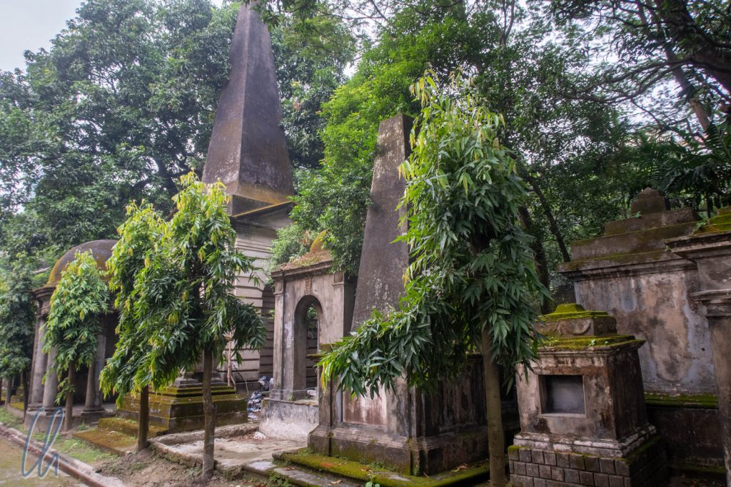 Prachtvolle Grabstätten aus kolonialer Zeit auf dem South Park Street Cemetery
