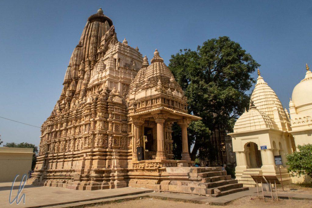 Der Parshvanath Tempel ist eine Gebetsstätte der Jain.