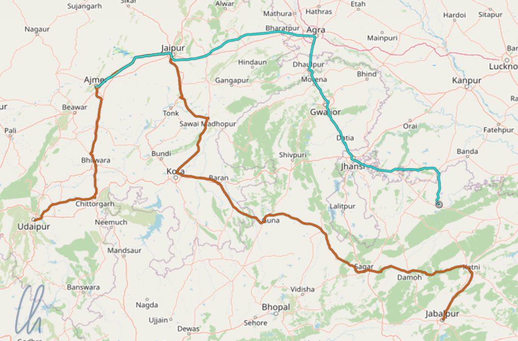 Unsere Zugfahrten in Indien: Von Khajuraho nach Ajmer (türkisfarben) und von Udaipur über Ajmer nach Jabalpur (orangefarben)