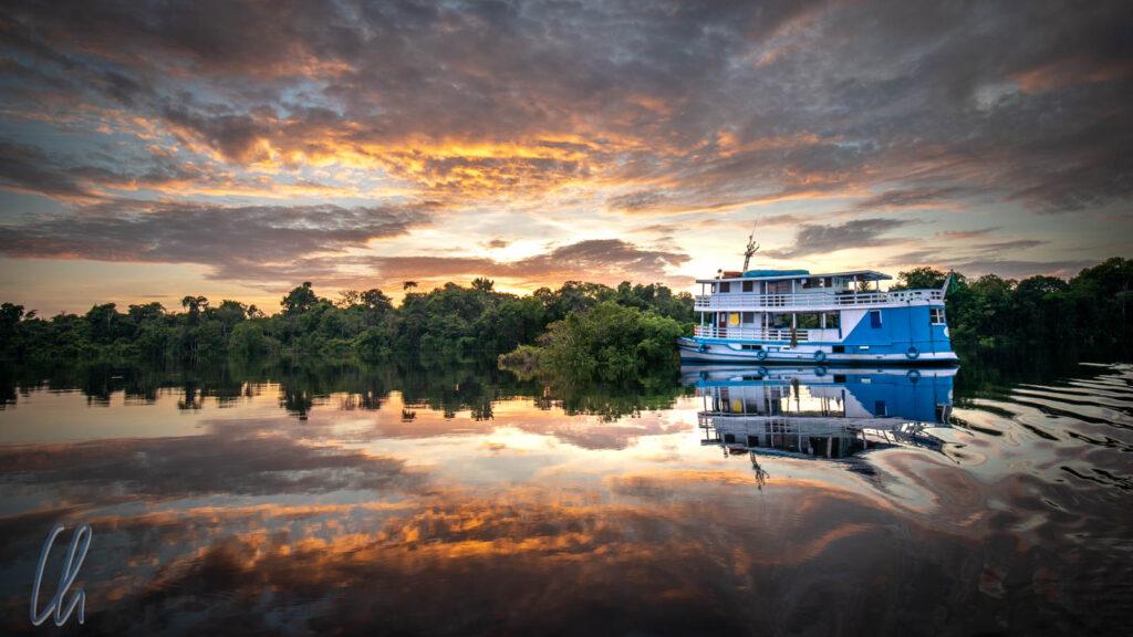 """An Bord der """"Lo Peix"""" unternahmen wir eine 7-tägige Flusskreuzfahrt auf dem Rio Negro im Amazonasgebiet."""