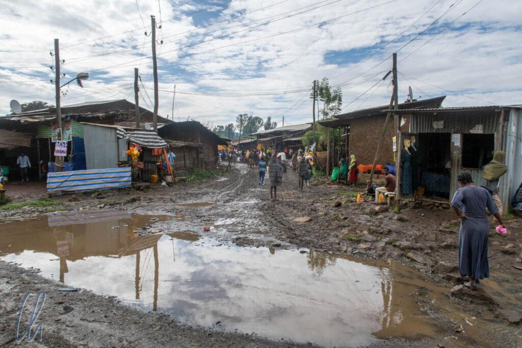 Äthiopien war in Zahlen ausgedrückt das zweitärmste Land auf unserer Reise und die Armut der Menschen nicht zu übersehen.