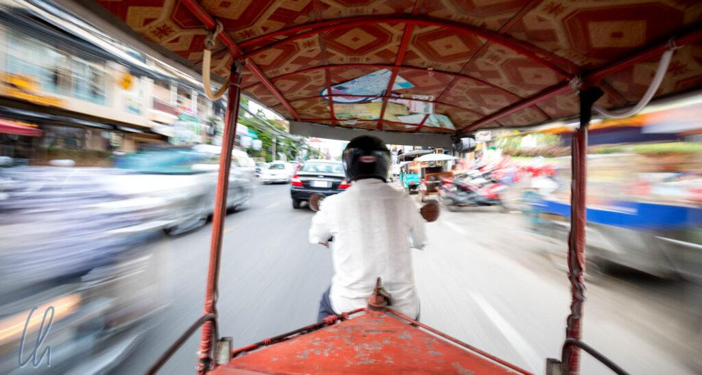 Mit dem Tuktuk im Rausch der Geschwindigkeit